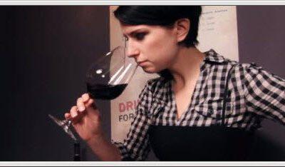 Hvordan du smaker på vin – video