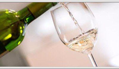 Hvordan temperere og servere vin